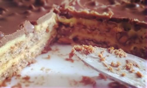 Almondy Daim Torte