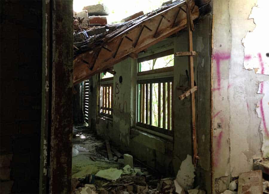 Lost place Spukhotel eingestürzt