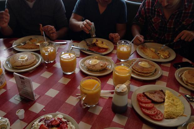 breakfast in sacramento