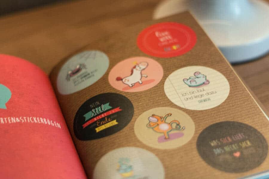 Sticker aus dem Buch Happy me