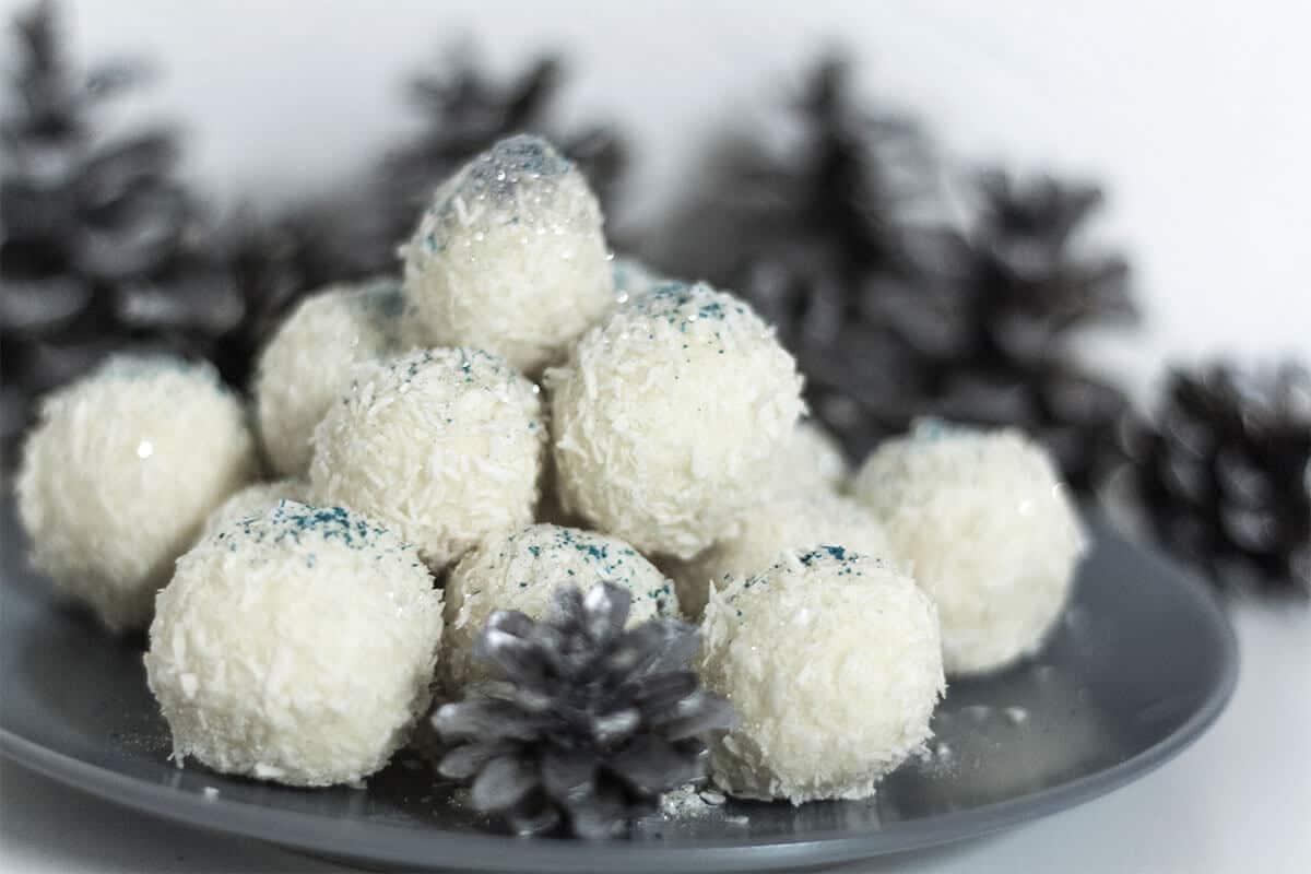 süße Kokos-Pralinen