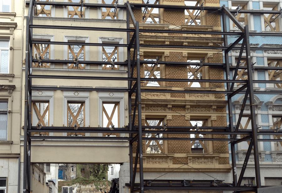 Fassade ohne Haus