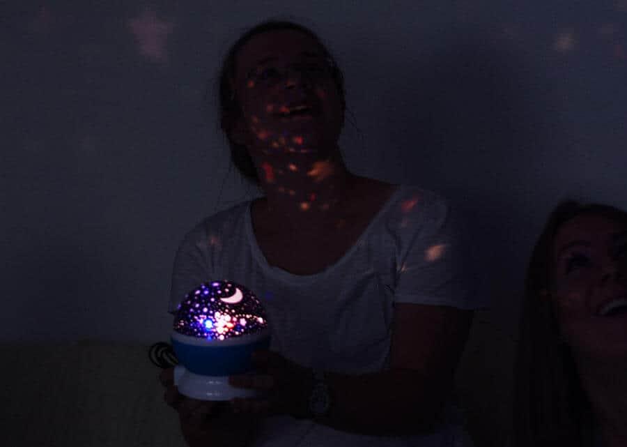 Babyparte eine Lampe fürs Baby