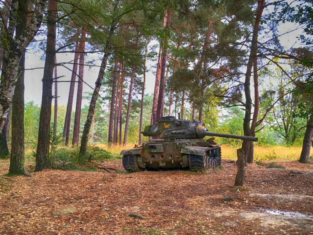 Panzer im Wald
