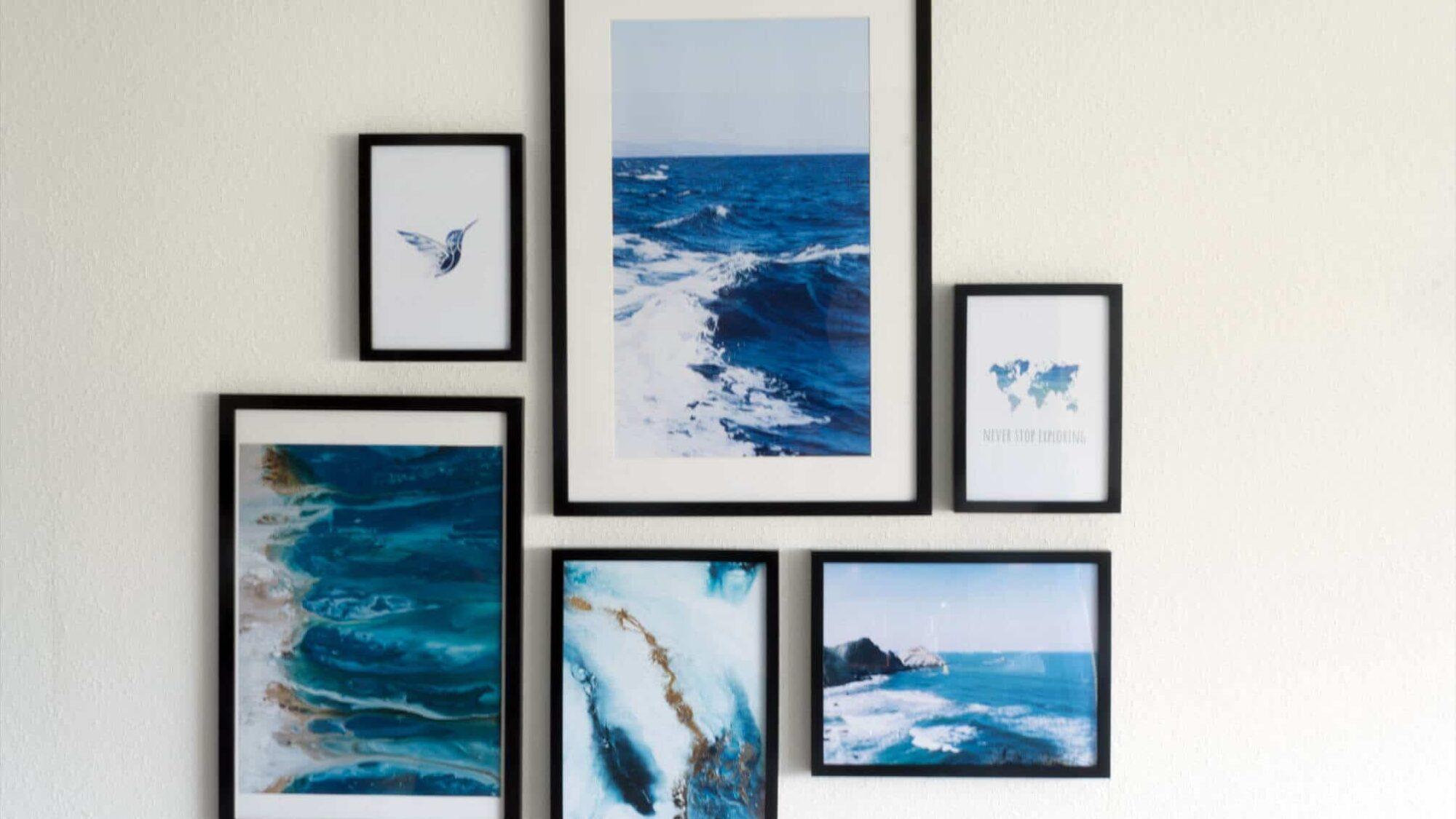 Wand mit Meer und Wellen Motiven