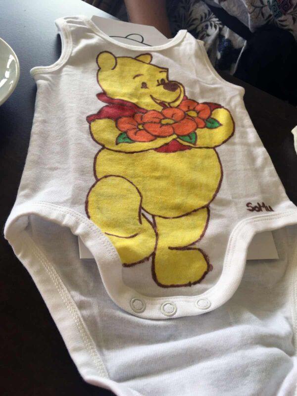 bemalter Babybody Winnie Pooh
