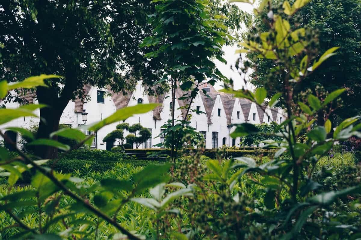 Beginenhof Klostergarten  Brügge