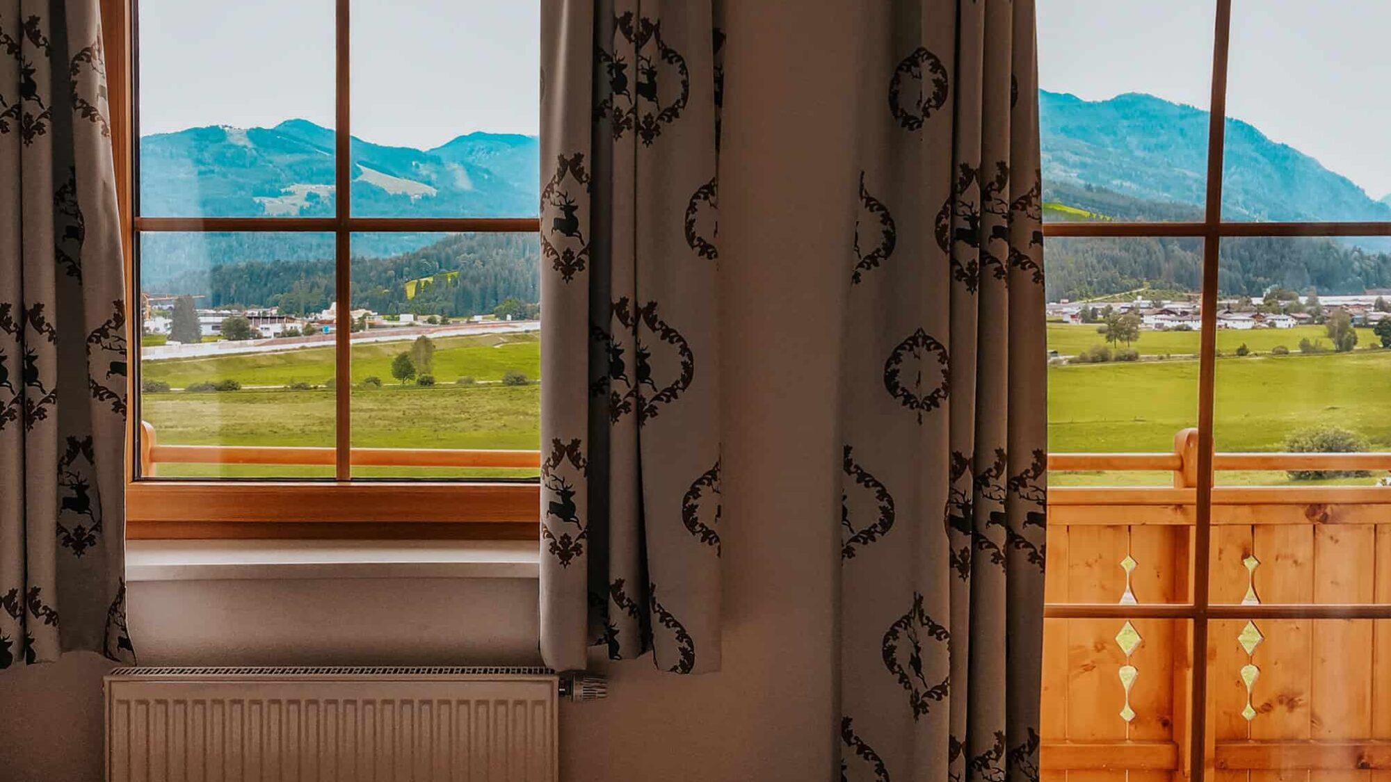 Österreich Ausblick aus dem Fenster
